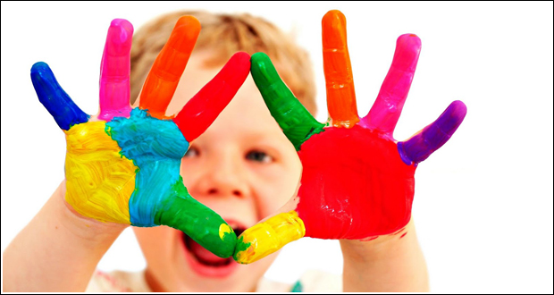manos-colores-nene - Studio Ch